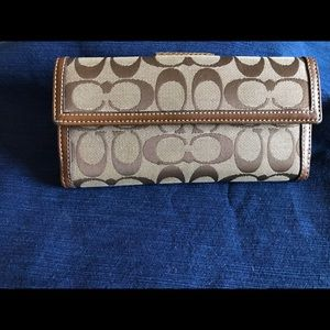 Coach Bags - Brown/Tan Coach Wallet